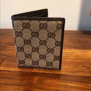 Men's GUCCI monogram bifold wallet beige - used